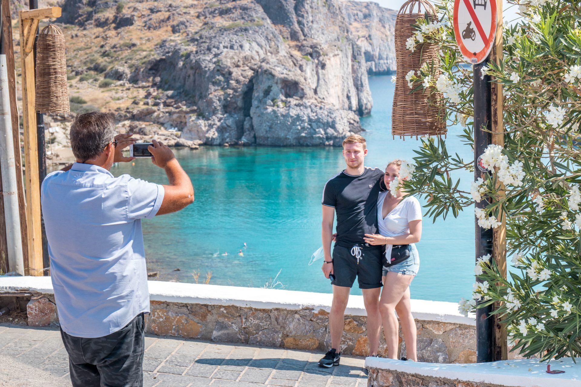 Rhodes Tours I Lindos Tour St Pauls Bay I Manos Going